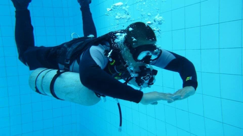 Diving sidemount