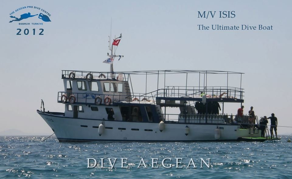 ISIS - The dive boat - Aegean Pro Dive Centre