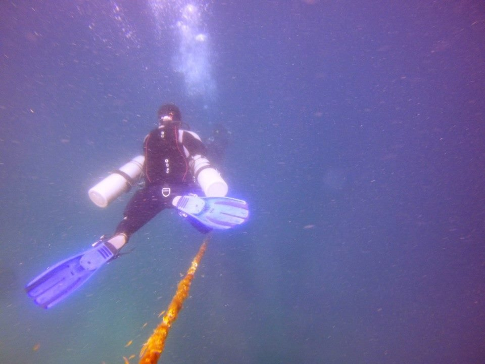 Descending into the 40 meter wreck on Sidemount Configuration