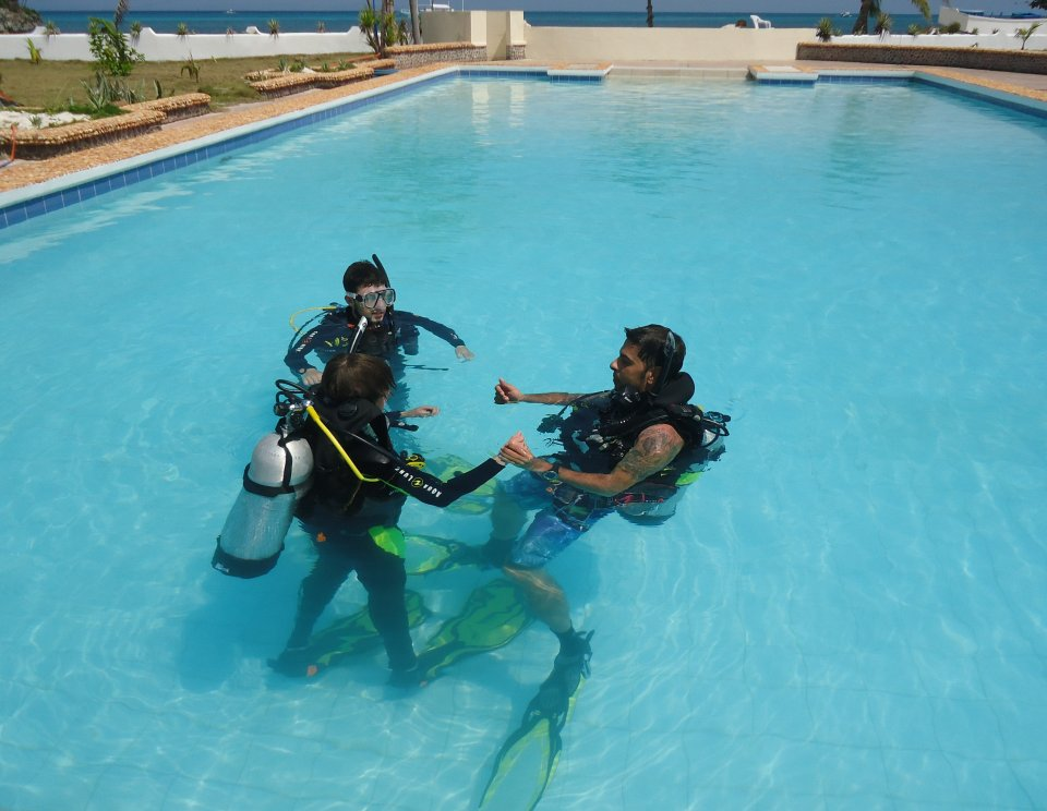 Dive Training in our 18m pool