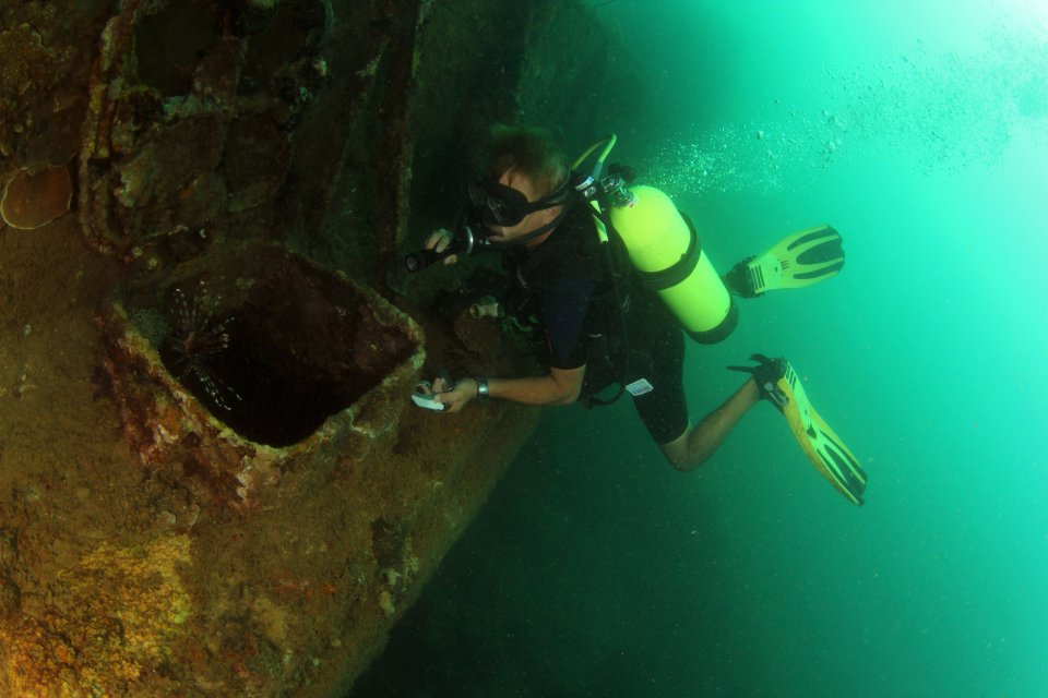 Wreck Diving Subic Bay (2)