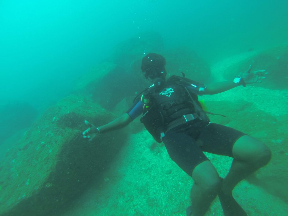 Diving in Hikkaduwa